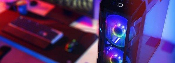 Torre de ordenador con iluminación LED