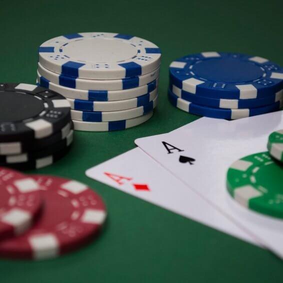El poker online es uno de los principales pasatiempos de los usuarios móviles.