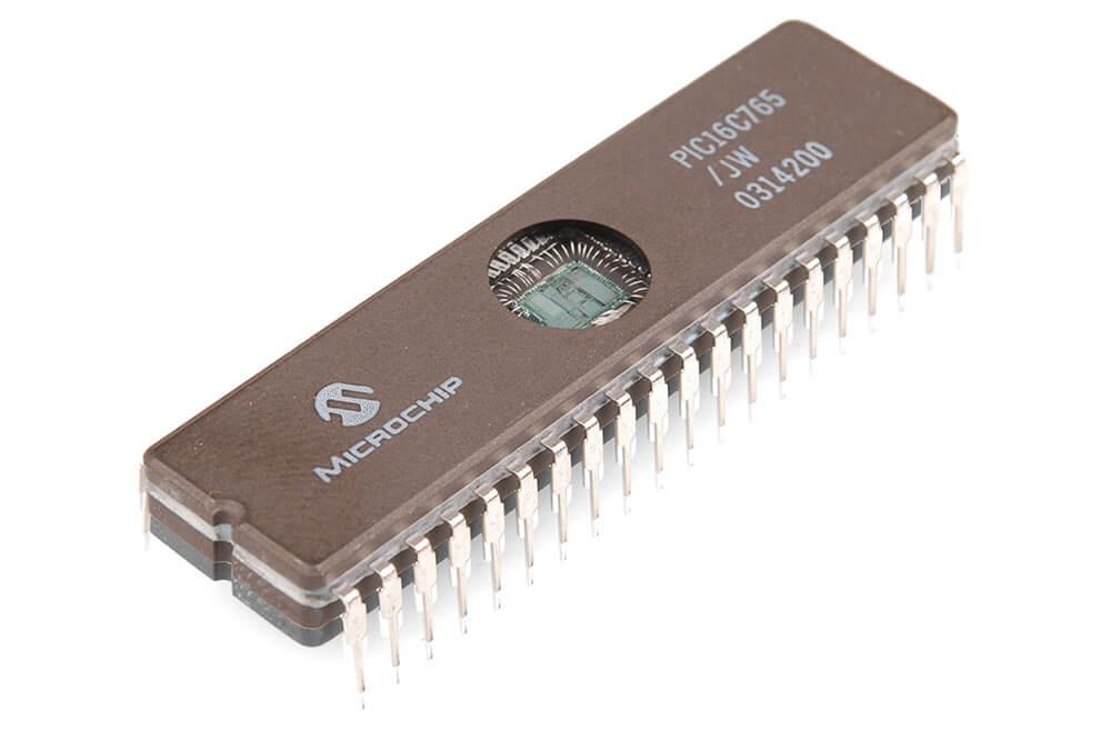 Chip de memoria ROM.